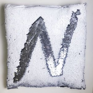 Shimmer pillow in white and silver sequins NWT